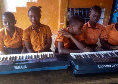 g1-4-bryant-school-system-keyboard-classroom-1080