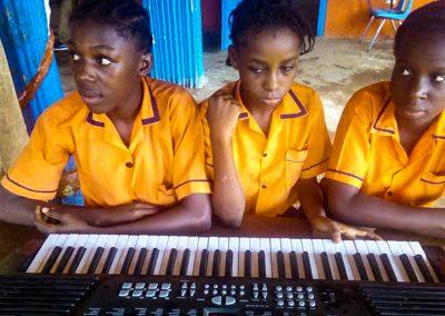 g1-8-bryant-school-system-keyboard-classroom-1080